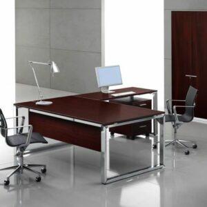 Chefschreibtisch-mit-furnierter-Tischplatte-Loopy