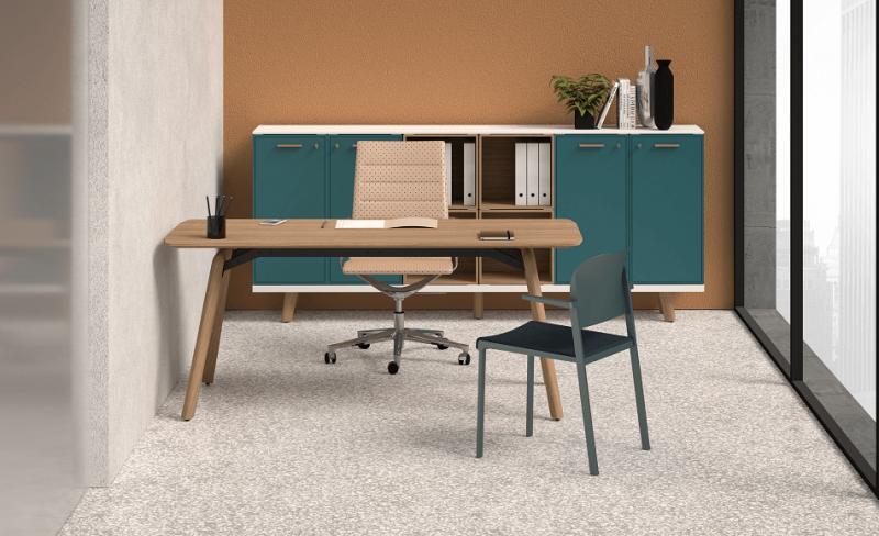 Schreibtisch-Rail-Furnier