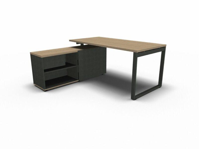 Schreibtisch_mit_ Managerschrank_OGI_Q_3