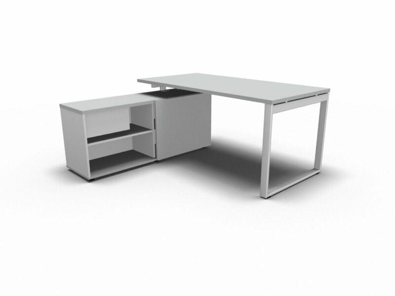 Schreibtisch_mit_ Managerschrank_OGI_Q_4