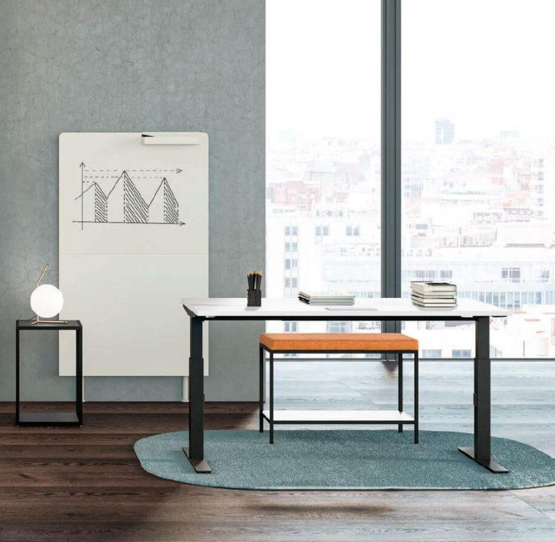 Schreibtisch-elektrisch-hoehenverstellbar-Winglet-Gestell-schwarz