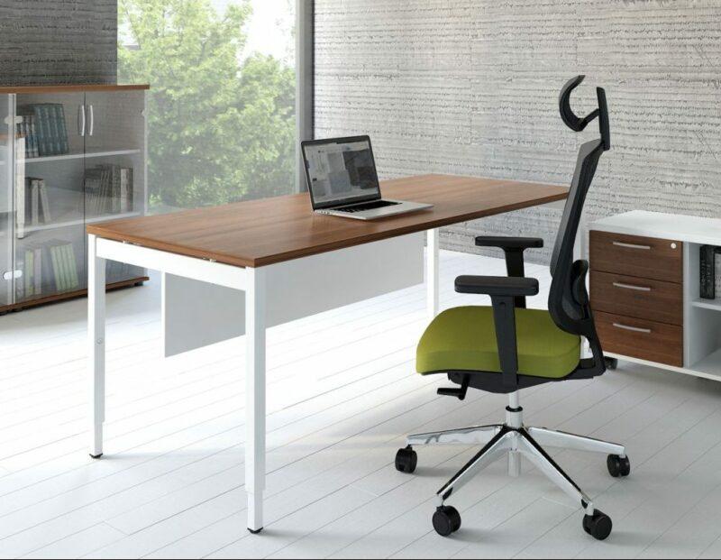 Schreibtisch manuell höhenverstellbar OGI_Y