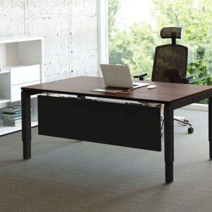 Schreibtisch-ogi-mit-Knieraumblende-schwarz